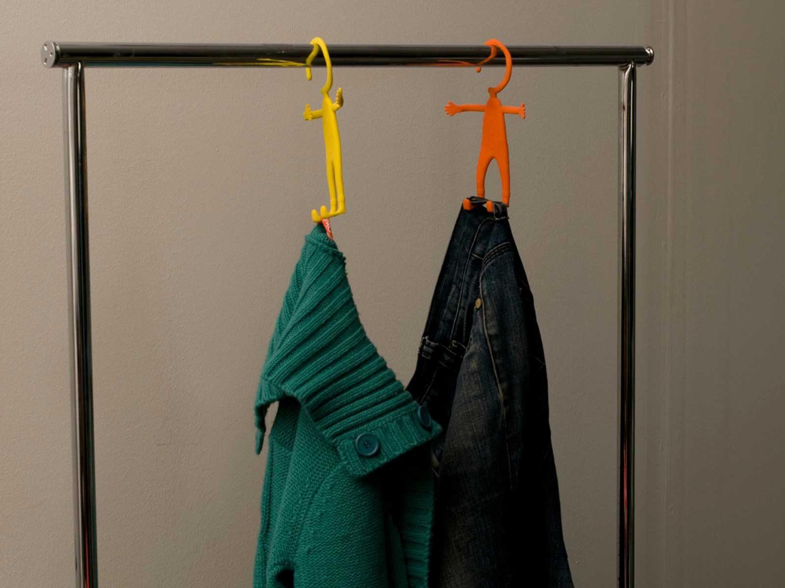 בונדי מתלה בגדים